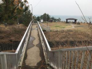 眺望へ行く陸橋