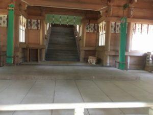 大物忌神社拝殿内部