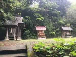 3つ並んだ神社