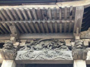 梁の彫刻5
