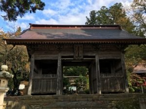 大物忌神社蕨岡口の宮の随神門