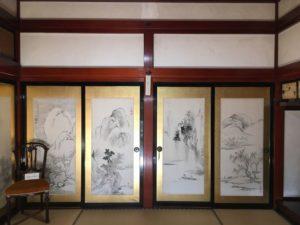 奥座敷の襖絵