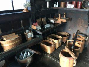 旧青山本邸の台所の道具
